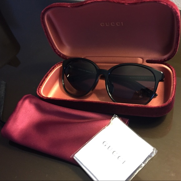acbfb53ec03 GUCCI Sunglasses Black Brand New GG 3733